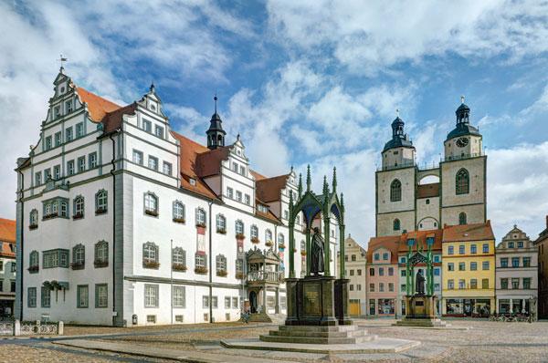 Auf Luthers Spuren: Stadtführer über Wittenberg erschienen
