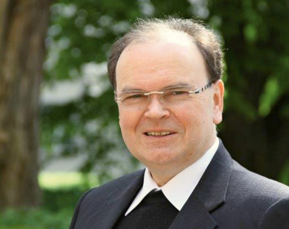 Dr. Bertram Meier