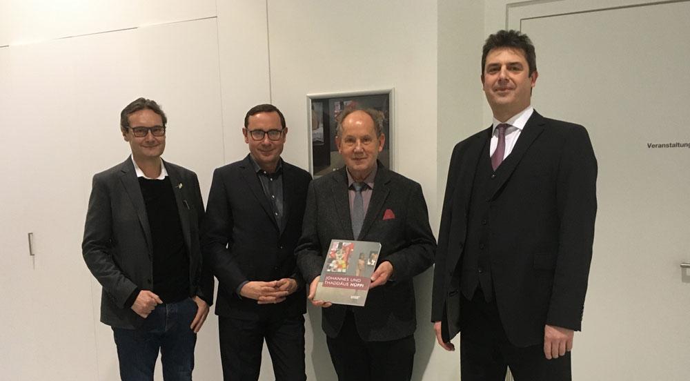 """Präsentation des im Kunstverlag Josef Fink erschienenen Katalogs """"Johannes und Thaddäus Hüppi"""", Ausstellung im Mittelrhein-Museum in Koblenz (Foto: Antje Kraus M.A.)"""