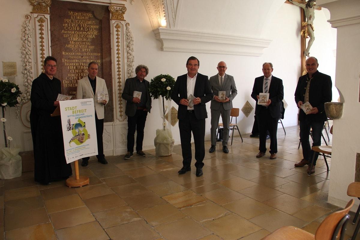 """Präsentation des Kunstführers """"Grablege der frühen Wittelsbacher in Scheyern"""" am 23. Juni 2020 im Benediktinerkloster Scheyern (Foto: Claudia Lodermeyer, PFAFFENHOFENER KURIER)"""
